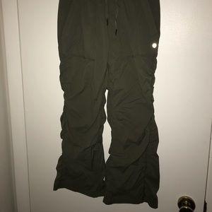 LULULEMON olive lined studio dance pants 4